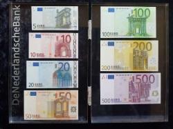 Europasetplexiglass885-euro_David-Coin_2087vz4.jpg
